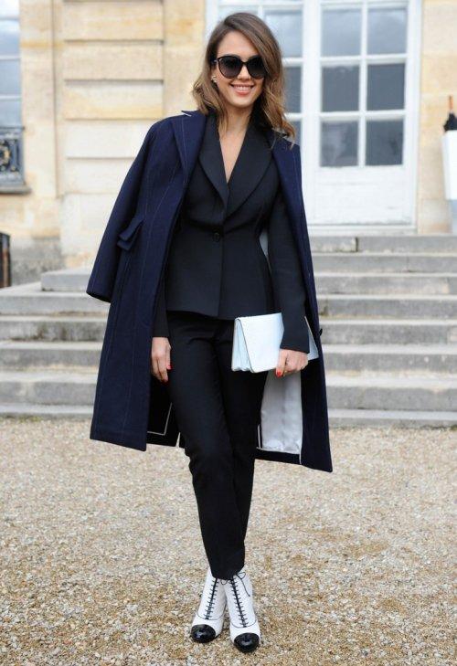 clothing,coat,outerwear,overcoat,fashion,