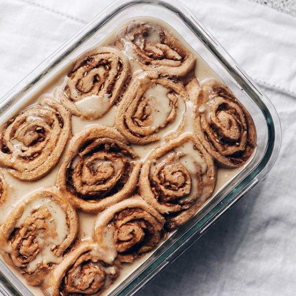 food, dessert, dish, baked goods, cinnamon roll,