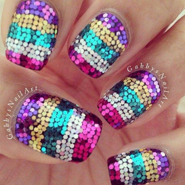 Super Sparkly - 31 Fantastic Mardi Gras Nail Art Ideas ... …