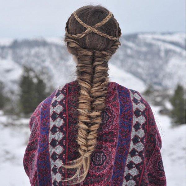 clothing, fashion accessory, scarf, pattern, motif,