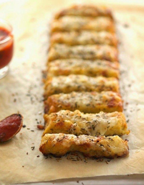 Baked Cauliflower Crust Garlic 'Breadsticks'
