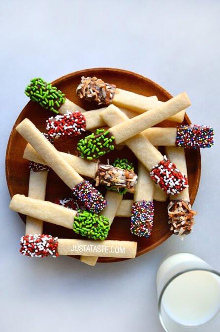 food,dessert,dish,christmas decoration,meal,