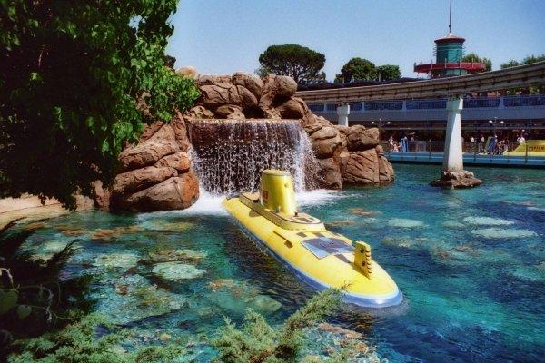 Submarine Voyage – Disneyland, 1956 - 1998