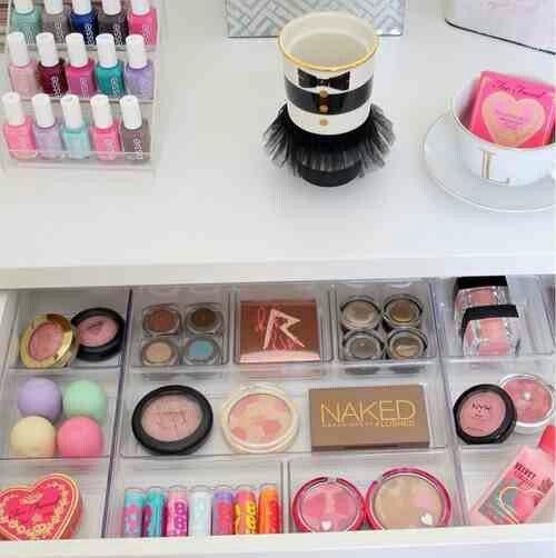 color,pink,eye,beauty,organ,