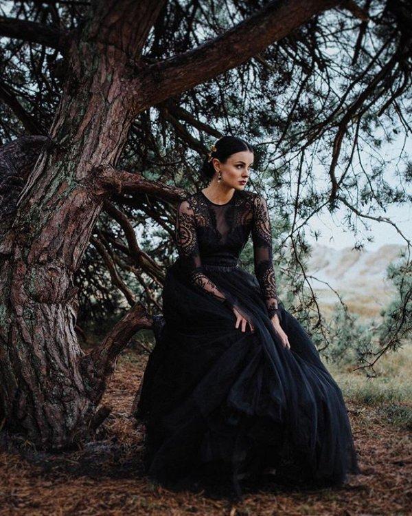 dress, beauty, lady, gown, tree,