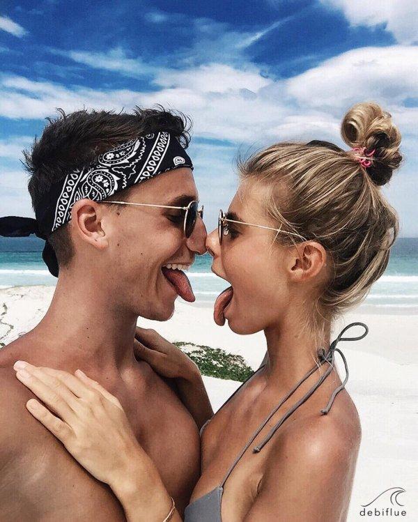 vacation, person, kiss, woman, man,