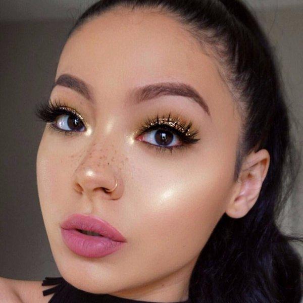 eyebrow, face, cheek, eye shadow, eyelash,