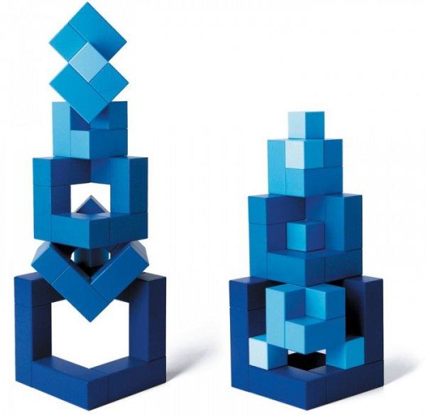 Cella, Blue