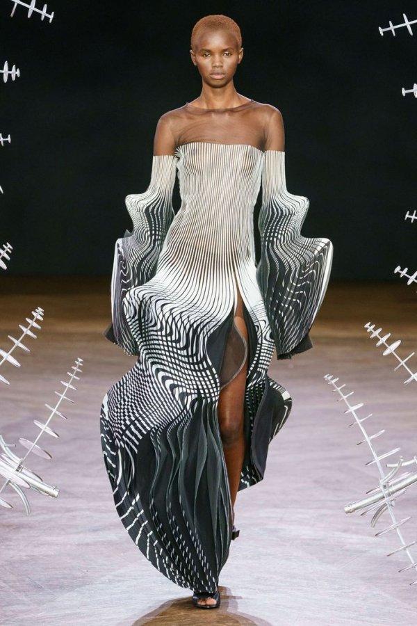 Fashion model, Fashion, Clothing, Dress, Haute couture,