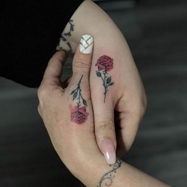 finger, hand, temporary tattoo, nail, arm,
