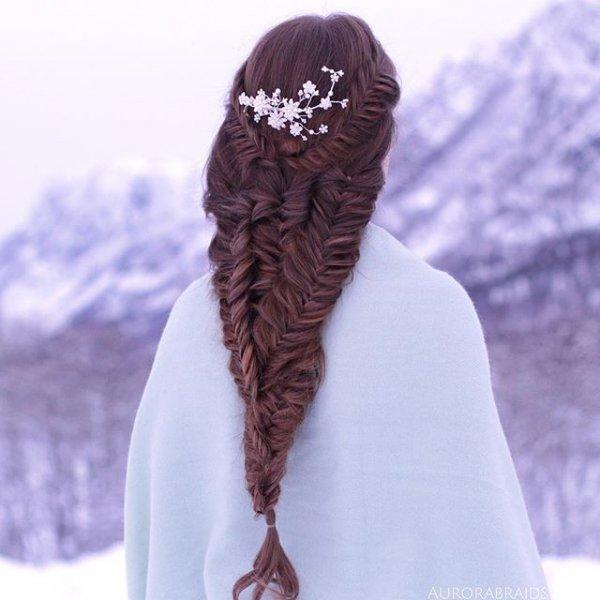 clothing, fashion accessory, footwear, hairstyle, scarf,
