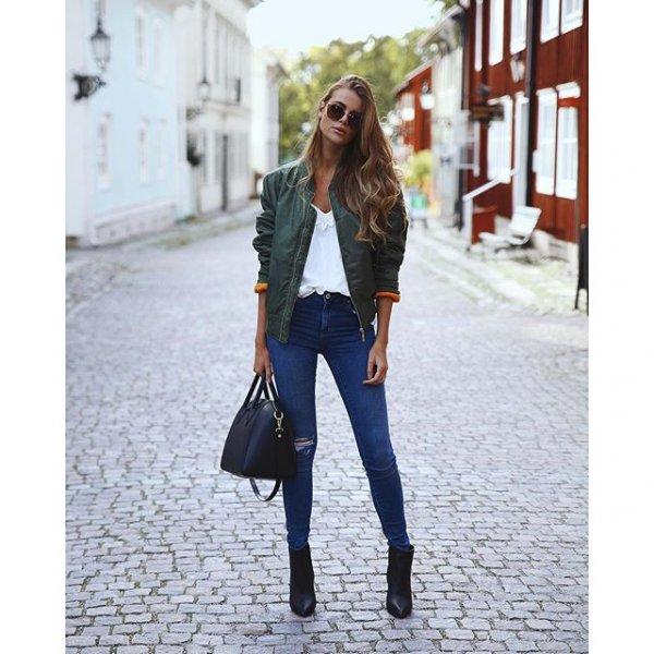 clothing, footwear, outerwear, jeans, sleeve,