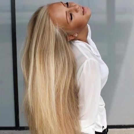 hair,human hair color,blond,face,clothing,