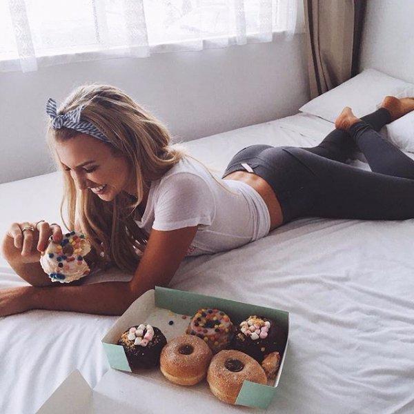 human action, eating, leg, food, baking,