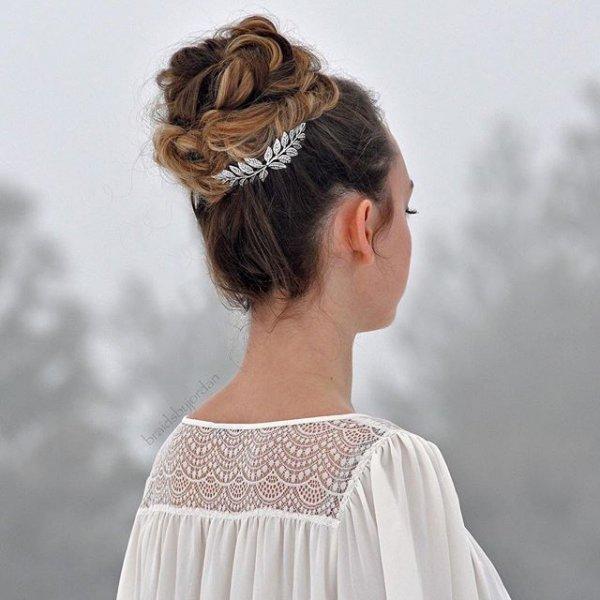 clothing, hair, hairstyle, fashion accessory, veil,