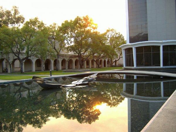 Caltech - 94.3