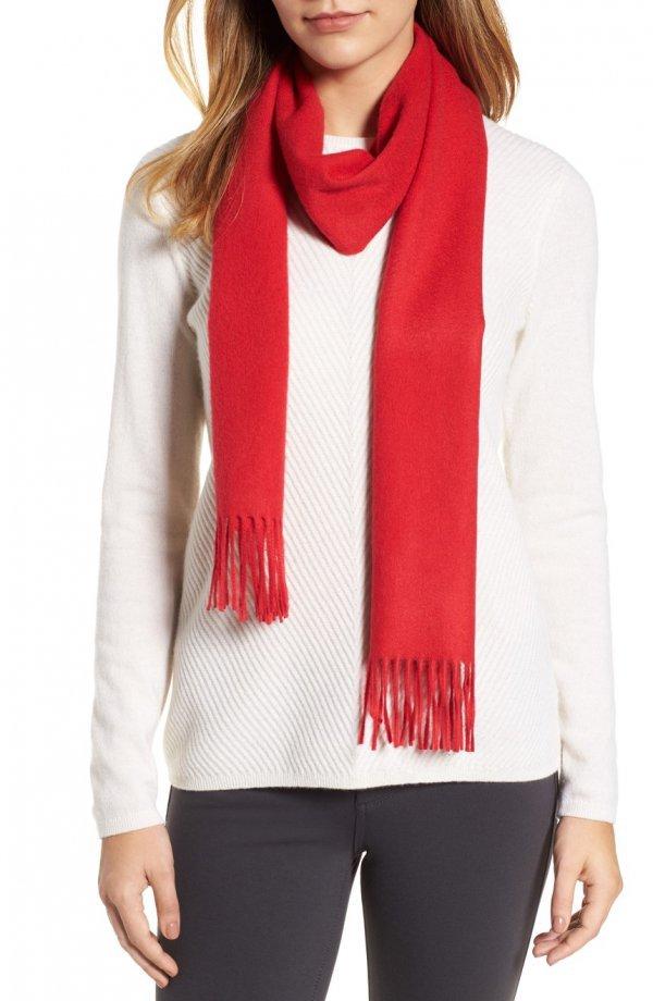 clothing, scarf, stole, neck, sleeve,