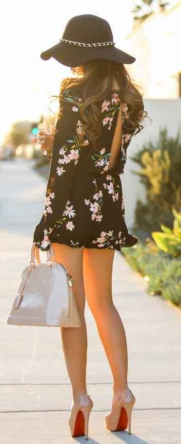 clothing,dress,girl,lady,beauty,