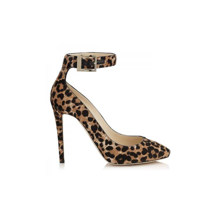 footwear, high heeled footwear, leg, shoe, arm,