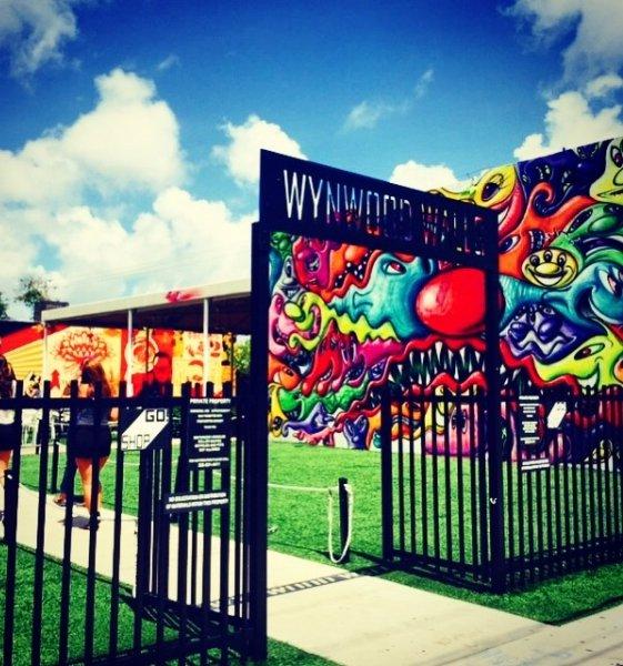 amusement ride, fair, amusement park, signage, mural,