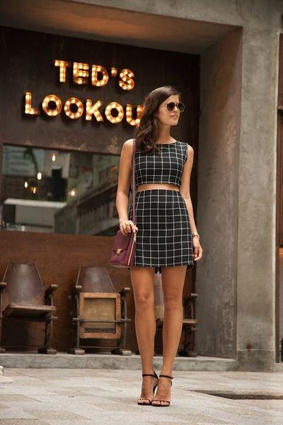 clothing,dress,fashion,little black dress,supermodel,