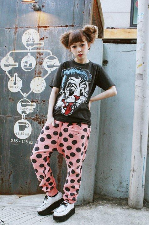 clothing,pattern,spring,art,child,