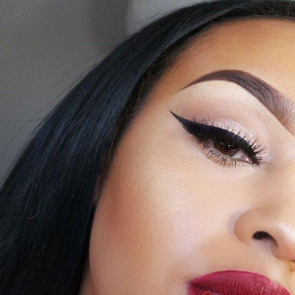 eyebrow,color,face,cheek,nose,