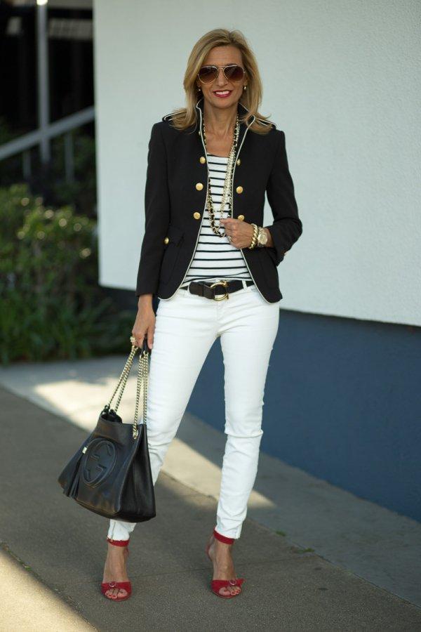 clothing,footwear,jacket,outerwear,fashion,