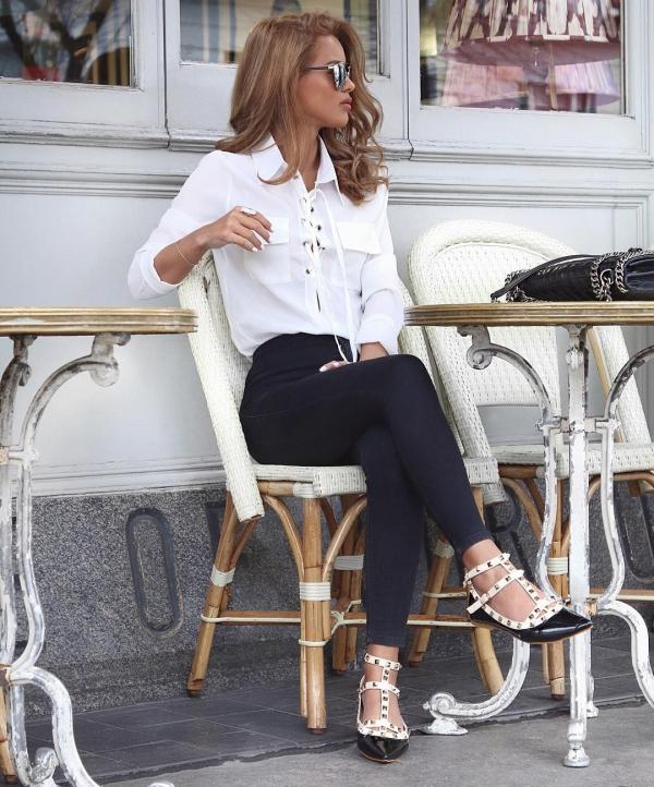 clothing,lady,footwear,tights,high heeled footwear,