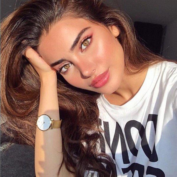 eyebrow, beauty, human hair color, lip, cheek,