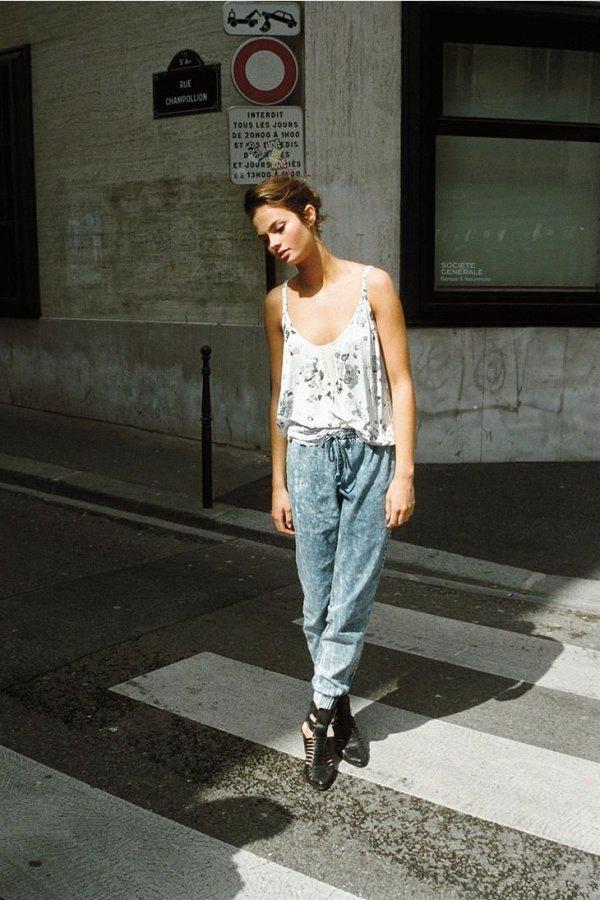 impactful jogger pants jeans outfit women's 2017