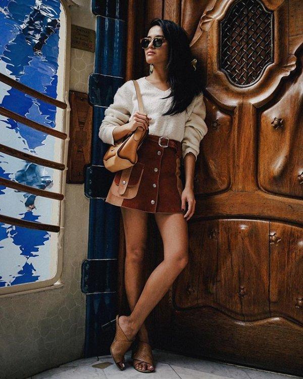 clothing,lady,beauty,dress,footwear,