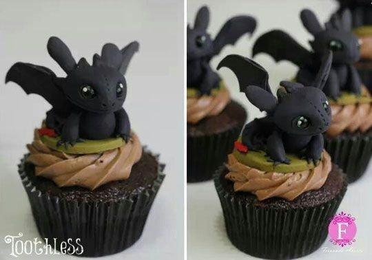 Train Your Dragon Cupcakes