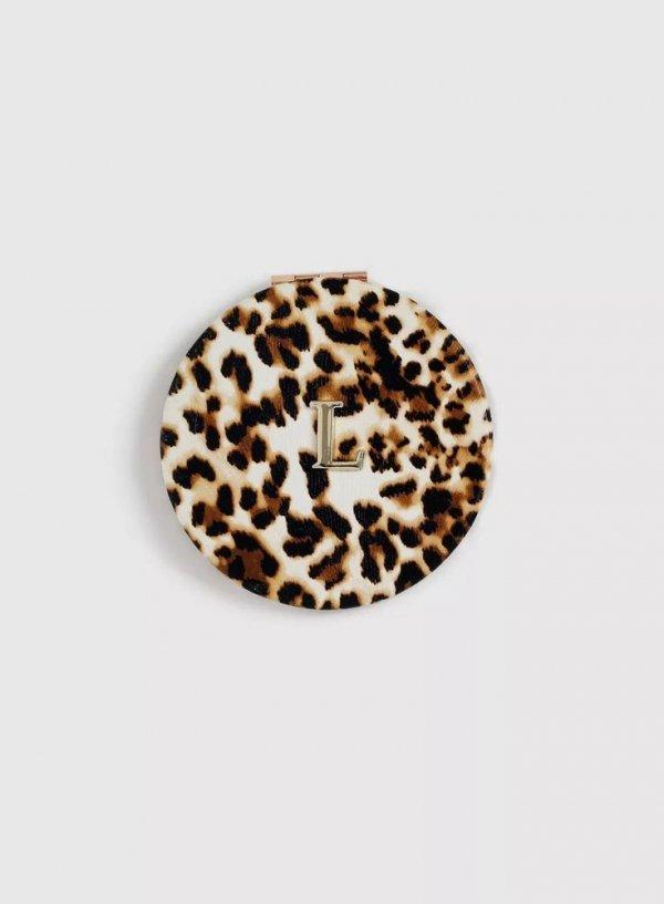 Beige, Fur, Headgear, Fashion accessory,