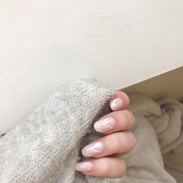 white, floor, leg, finger, flooring,