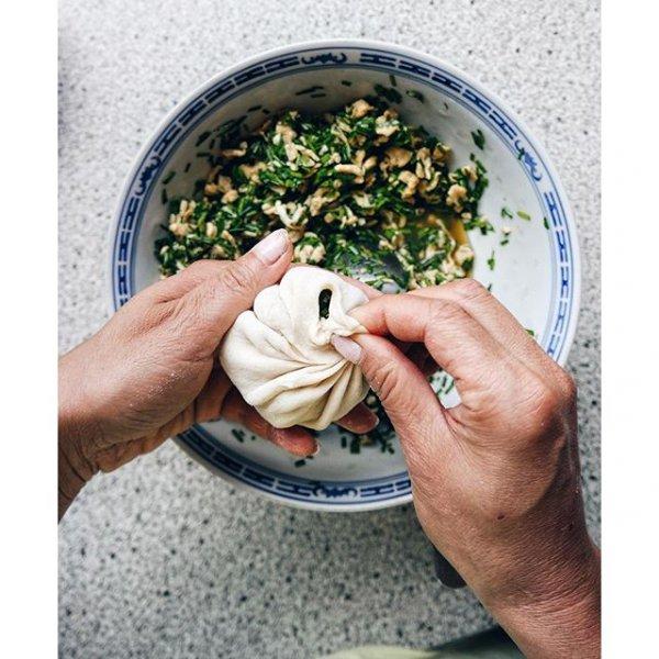 food, produce, hand, flower, lui,