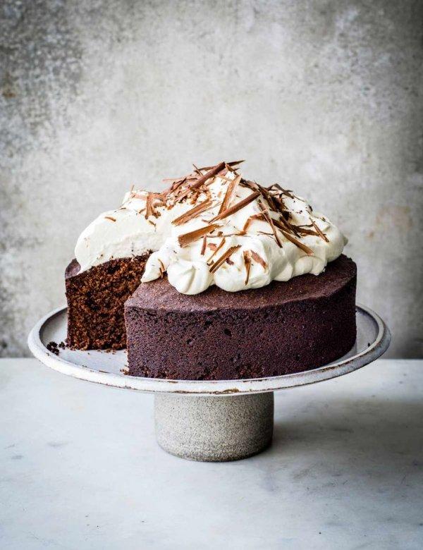 Dish, Food, Cuisine, Cake, Buttercream,