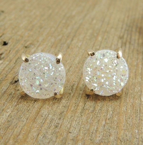 earrings,jewellery,fashion accessory,diamond,gemstone,