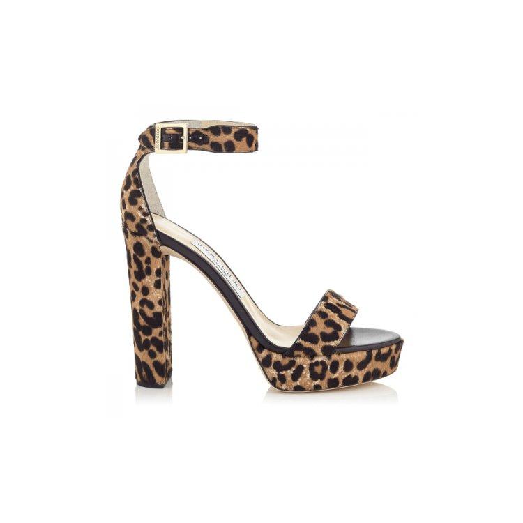 footwear, shoe, leg, high heeled footwear, arm,