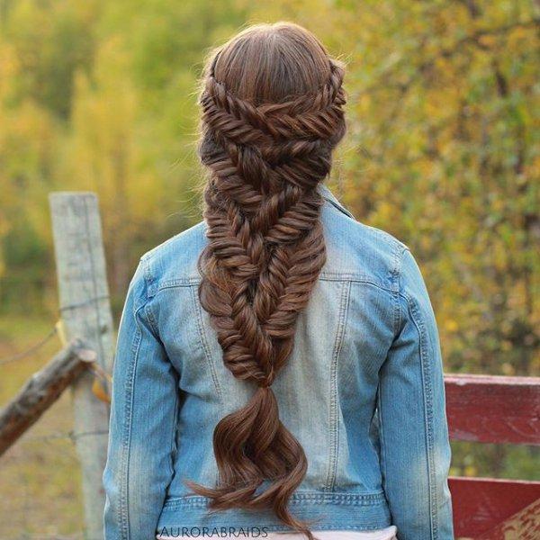 hair, hairstyle, long hair, human positions, sculpture,