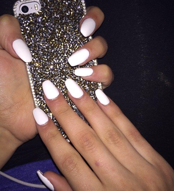 finger, nail, fashion accessory, jewellery, hand,