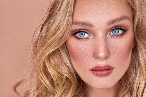 Face, Hair, Lip, Eyebrow, Blond,