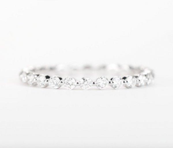 jewellery,fashion accessory,bracelet,gemstone,platinum,