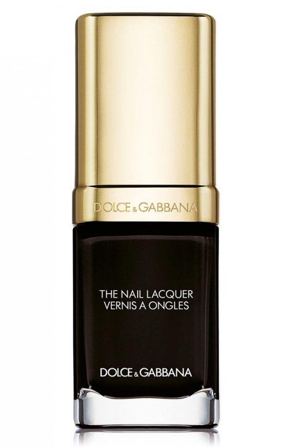 nail polish,skin,product,cosmetics,eye,