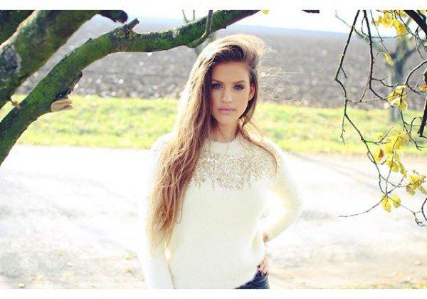 portrait photography, beauty, long hair, sunlight, photo shoot,