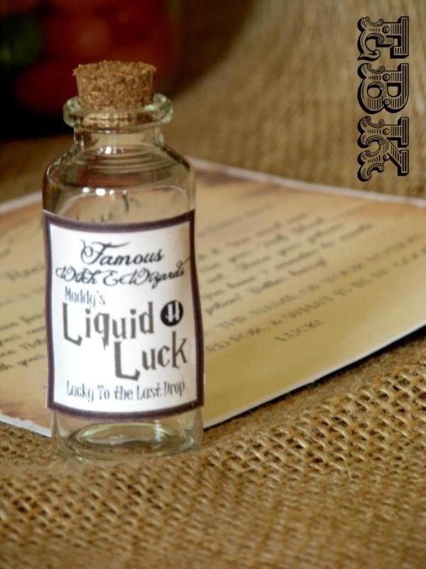 skin,distilled beverage,lighting,drink,flavor,
