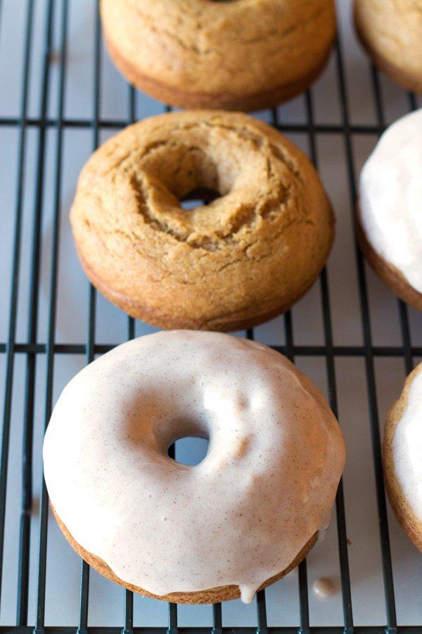 cider doughnut, glaze, baking, bagel, doughnut,