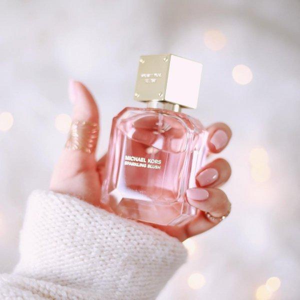 Perfume, Product, Skin, Hand, Liquid,