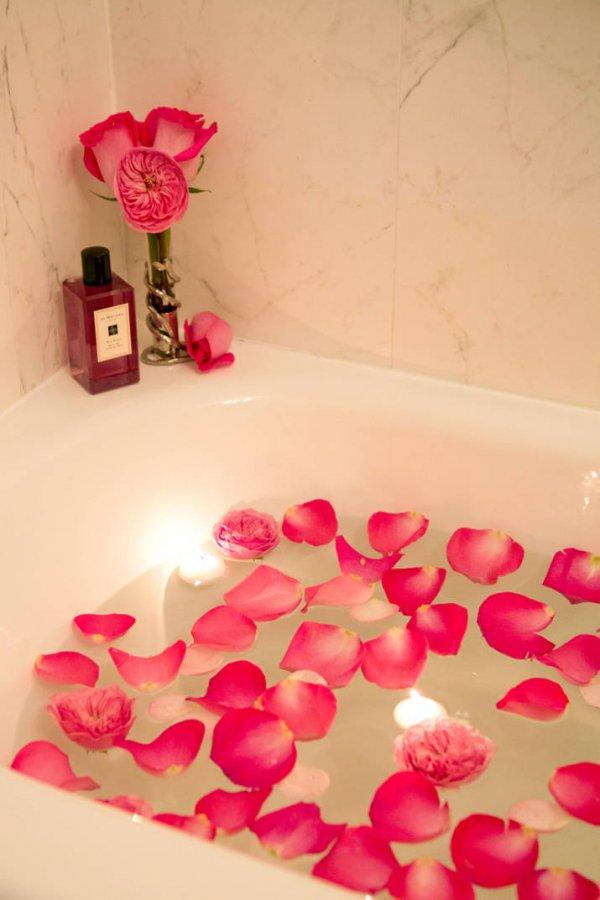 Treat Yourself to a Rose Petal Bath