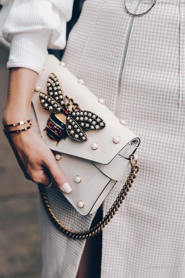 fashion, fashion model, handbag, fashion accessory, shoulder,